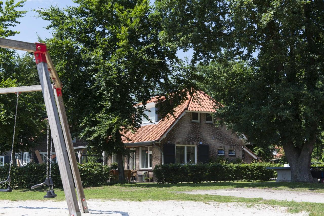De-Hoch-huis-kleilutte-2
